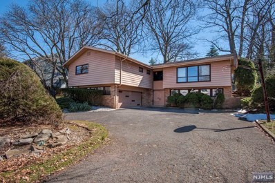 329 CASPER Road, Englewood Cliffs, NJ 07632 - MLS#: 1810148