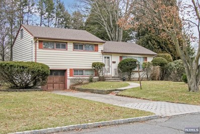 31 BEECHWOOD Place, Harrington Park, NJ 07640 - MLS#: 1812172