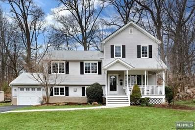 33 HICKORY Lane, Waldwick, NJ 07463 - MLS#: 1812387