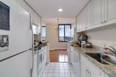 100 OLD PALISADE Road UNIT 2411, Fort Lee, NJ 07024 - MLS#: 1812809
