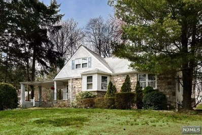 18 MONROE Street, Waldwick, NJ 07463 - MLS#: 1814392