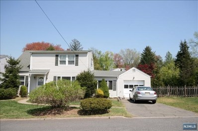 5 WILLOW Road, Closter, NJ 07624 - MLS#: 1815845
