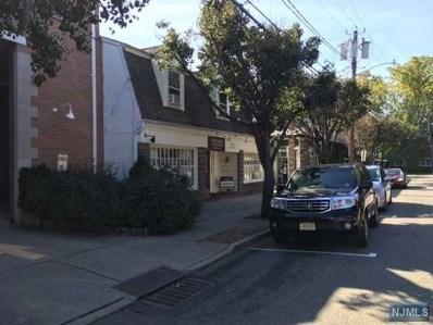 10 SYCAMORE Avenue, Ho-Ho-Kus, NJ 07423 - MLS#: 1815964