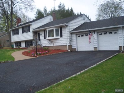 695 PINE LAKE Drive, Twp of Washington, NJ 07676 - MLS#: 1816364