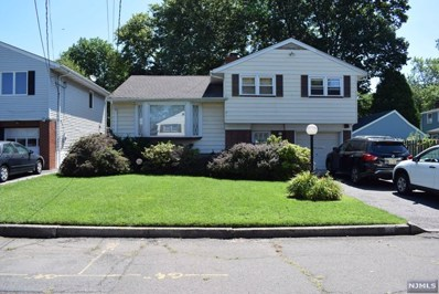 69 GREENBRIAR Street, Bergenfield, NJ 07621 - MLS#: 1816873