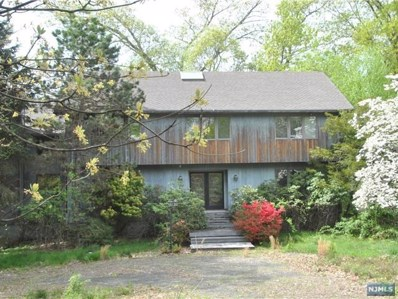 15 STONEGATE, Old Tappan, NJ 07675 - MLS#: 1817286