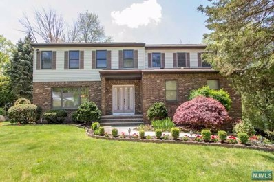 10 HILLSIDE Avenue, Cresskill, NJ 07626 - MLS#: 1817424