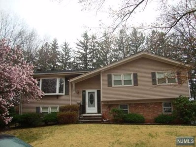 39 FRANKLIN Court, Emerson, NJ 07630 - MLS#: 1818916