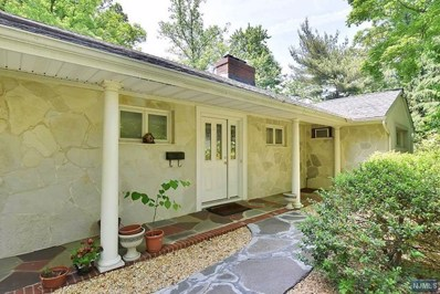 7 DOGWOOD Lane, Tenafly, NJ 07670 - MLS#: 1819732
