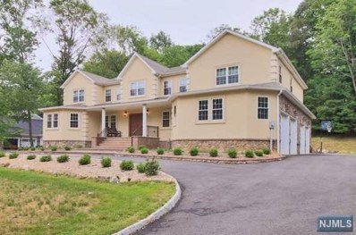 15 TANGLEWOOD HOLLOW Road, Upper Saddle River, NJ 07458 - MLS#: 1820070