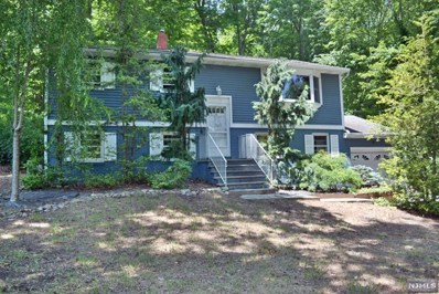 14 UPPER HIGH CREST Drive, West Milford, NJ 07480 - MLS#: 1820524