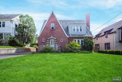 512 W ENGLEWOOD Avenue, Teaneck, NJ 07666 - MLS#: 1820781