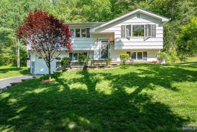 92 SCRIVANI Drive, Wanaque, NJ 07465 - MLS#: 1821846
