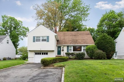 21 CEDAR GROVE Parkway, Cedar Grove, NJ 07009 - MLS#: 1822154
