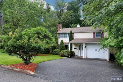 13 DOUGLAS Street, Waldwick, NJ 07463 - MLS#: 1822634