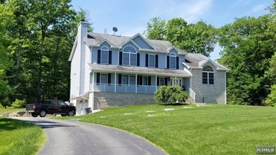 17 HERITAGE Drive, West Milford, NJ 07480 - MLS#: 1822727