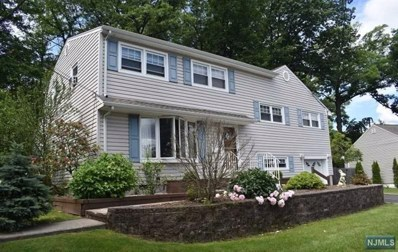 40 PINE Drive, Cedar Grove, NJ 07009 - MLS#: 1824179