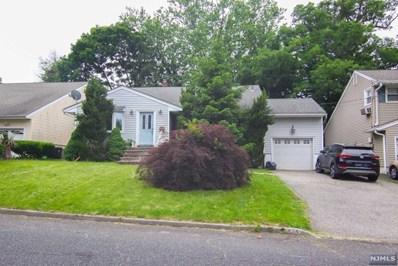 424 GREENWICH Street, Bergenfield, NJ 07621 - MLS#: 1824803