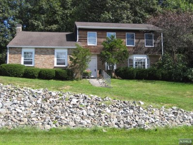 38 ROLLING RIDGE Road, West Milford, NJ 07480 - MLS#: 1825938