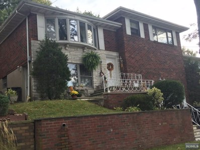 712 CENTER Street, Ridgefield, NJ 07657 - MLS#: 1826406