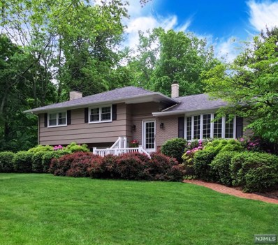 11 WINDING Way, North Caldwell, NJ 07006 - MLS#: 1826890