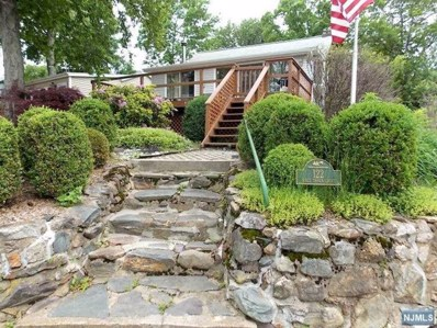 122 RACE TRACK Drive, West Milford, NJ 07421 - MLS#: 1827039