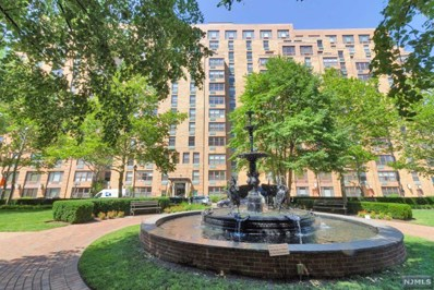 2 CONSTITUTION Court UNIT 907, Hoboken, NJ 07030 - MLS#: 1828329