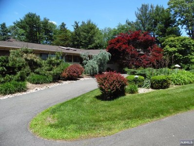 897 FRANKLIN LAKE Road, Franklin Lakes, NJ 07417 - MLS#: 1829067