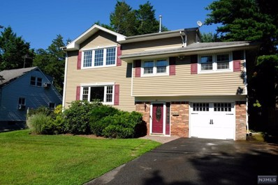 49 CRESCENT Street, Closter, NJ 07624 - MLS#: 1829326