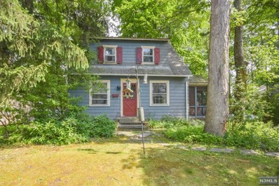 54 CHESTNUT Drive, Wayne, NJ 07470 - MLS#: 1829773