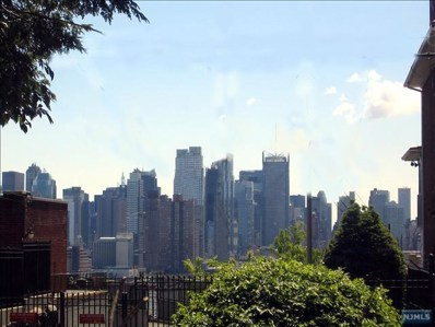 40 KINGSWOOD Road, Weehawken, NJ 07086 - MLS#: 1830636