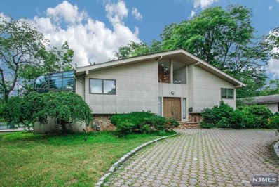 22 CHURCHILL Road, Englewood Cliffs, NJ 07632 - MLS#: 1831147
