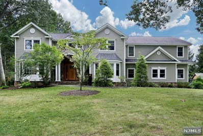 44 WOODLAND Road, Woodcliff Lake, NJ 07677 - MLS#: 1831374