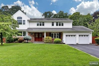 398 QUEENS Court, Ridgewood, NJ 07450 - MLS#: 1831415
