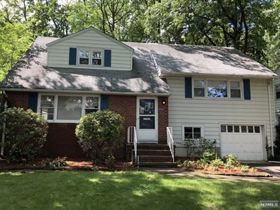 914 COUNTRY CLUB Drive, Teaneck, NJ 07666 - MLS#: 1833559