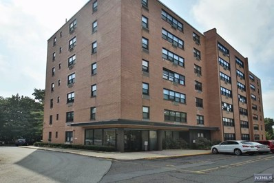 2352 LINWOOD Avenue UNIT 4B, Fort Lee, NJ 07024 - MLS#: 1834239