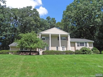 40 WOODLAND Drive, Woodcliff Lake, NJ 07677 - MLS#: 1834451