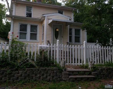 21 COLYER Terrace, Wayne, NJ 07470 - MLS#: 1835361