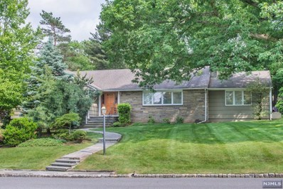 16 WHITE OAK Drive, North Caldwell, NJ 07006 - MLS#: 1835921