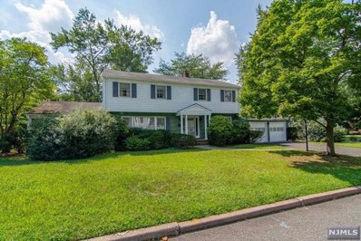 15 LANCASTER Court, Cresskill, NJ 07626 - MLS#: 1837544