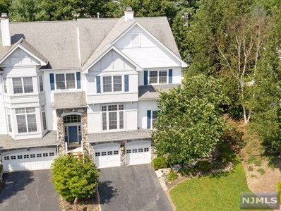 13 COBBLESTONE Court, Oakland, NJ 07436 - MLS#: 1838758