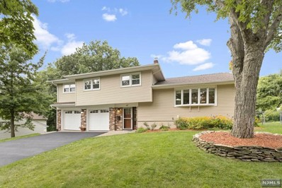 47 LONGVIEW Court, Paramus, NJ 07652 - MLS#: 1840410