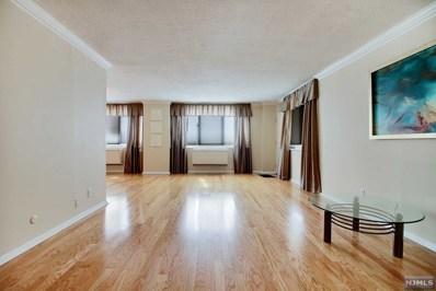 2150 CENTER Avenue UNIT 2F, Fort Lee, NJ 07024 - MLS#: 1841896