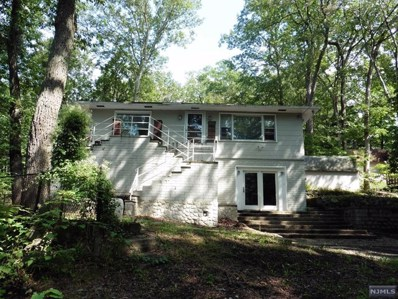 10 OAKWOOD Drive, Ringwood, NJ 07456 - MLS#: 1841956