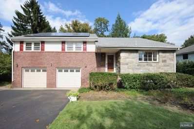235 BURNSIDE Place, Ridgewood, NJ 07450 - MLS#: 1842507