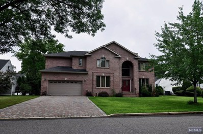 138 VILLAGE CIRCLE WEST, Paramus, NJ 07652 - MLS#: 1843572