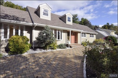 14 PALM Court, Paramus, NJ 07652 - MLS#: 1844700