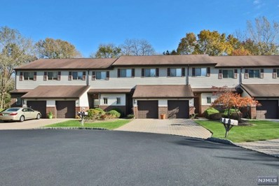 23 HAMPTON Court, Twp of Washington, NJ 07676 - MLS#: 1845599