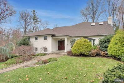 21 KIMHUNTER Road, Englewood Cliffs, NJ 07632 - MLS#: 1848122
