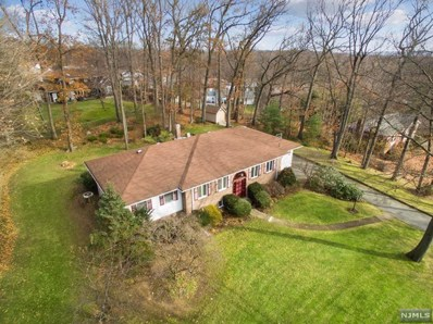 20 ROBERTS Court, Twp of Washington, NJ 07676 - MLS#: 1848907